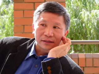 Dr Congwei Hu
