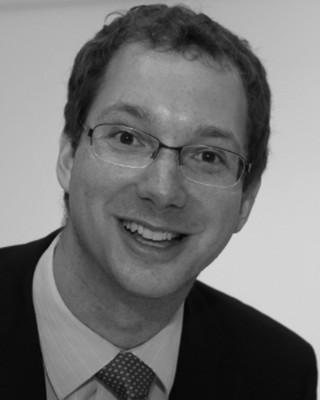Dr Patrick Henkel